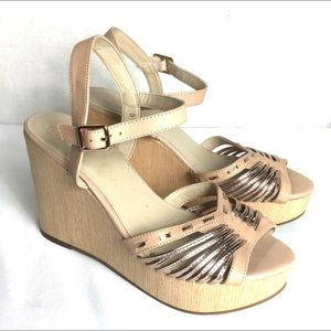 Seychelles Womens Sandals Metallic Beige Wedge 9.5